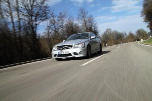 KW Mercedes C63 AMG Limousine Fahraufnahme-300x200 in KW_Mercedes_C63_AMG_Limousine_Fahraufnahme